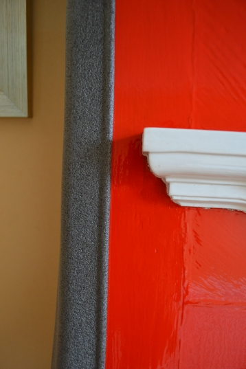 If delivering I will protect the edges with polysterene!